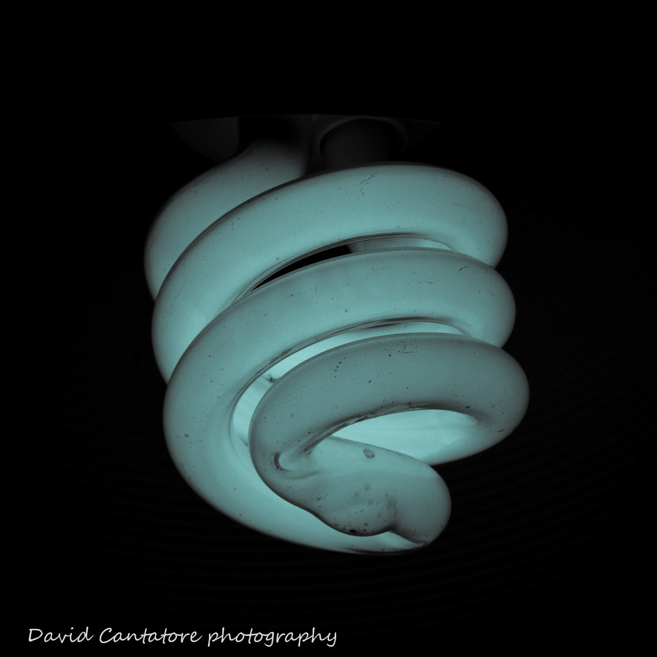Lightbulb for convoluted, low energy ideas